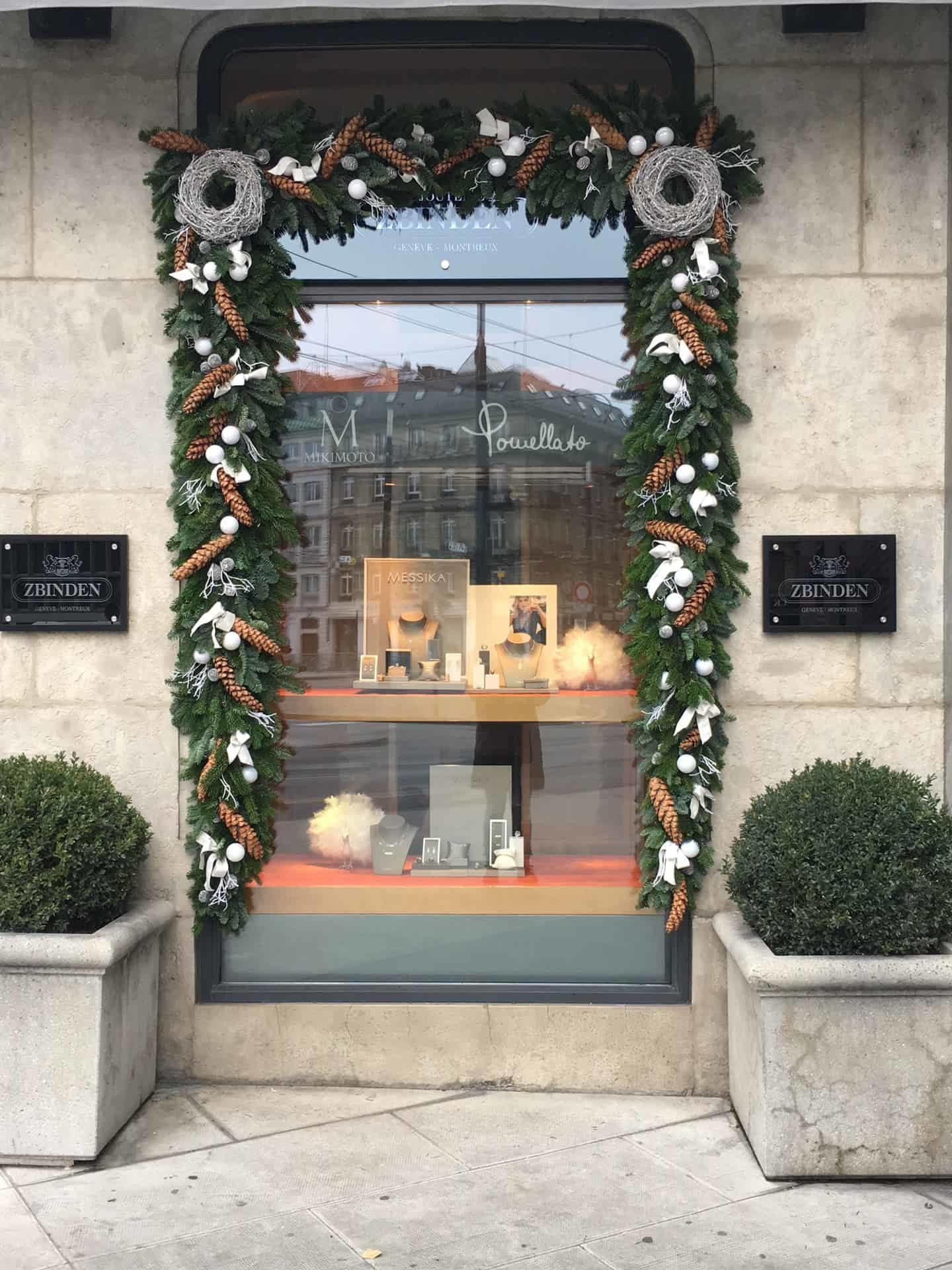Décoration florale de Noël 02